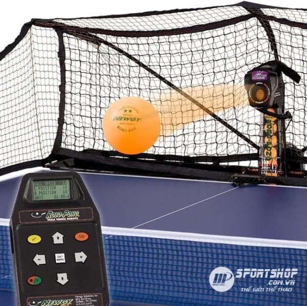 Máy bắn bóng bàn Robo-Pong 2050