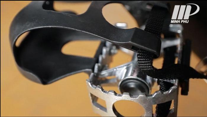 Bàn đạp xe đạp AirBike M-142