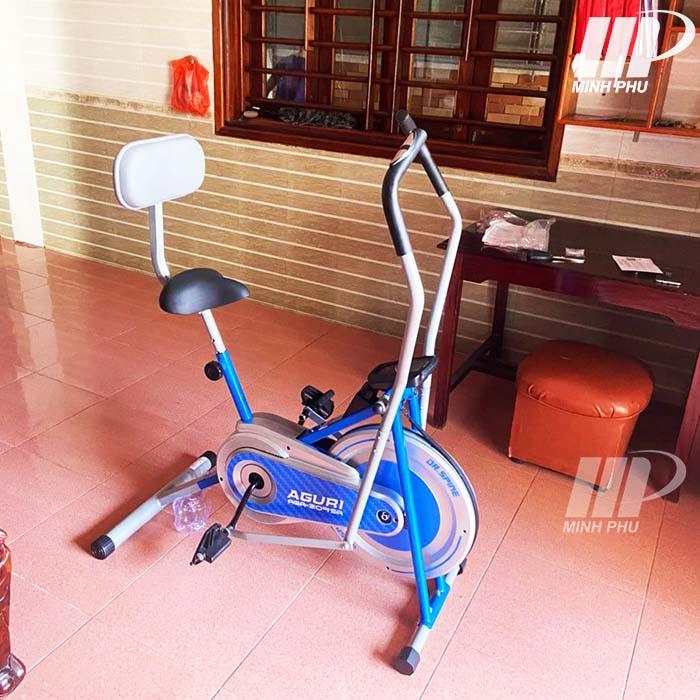Ảnh thật xe đạp tập thể dục Aguri AGA-209SA